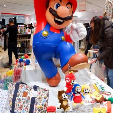Magasin Nintendo TOKYO et statue Mario au Shibuya PARCO