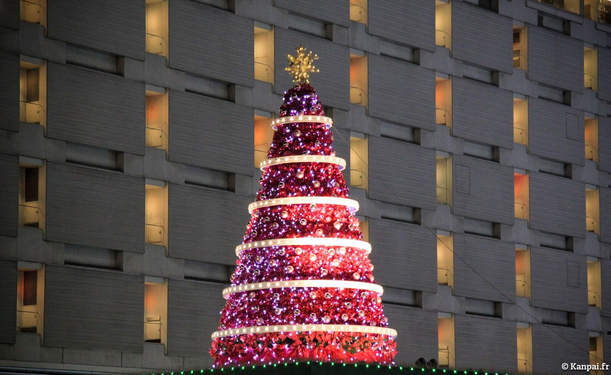 #A6252D Tokyo à Noël 5327 decorations de noel au japon 2000x1226 px @ aertt.com