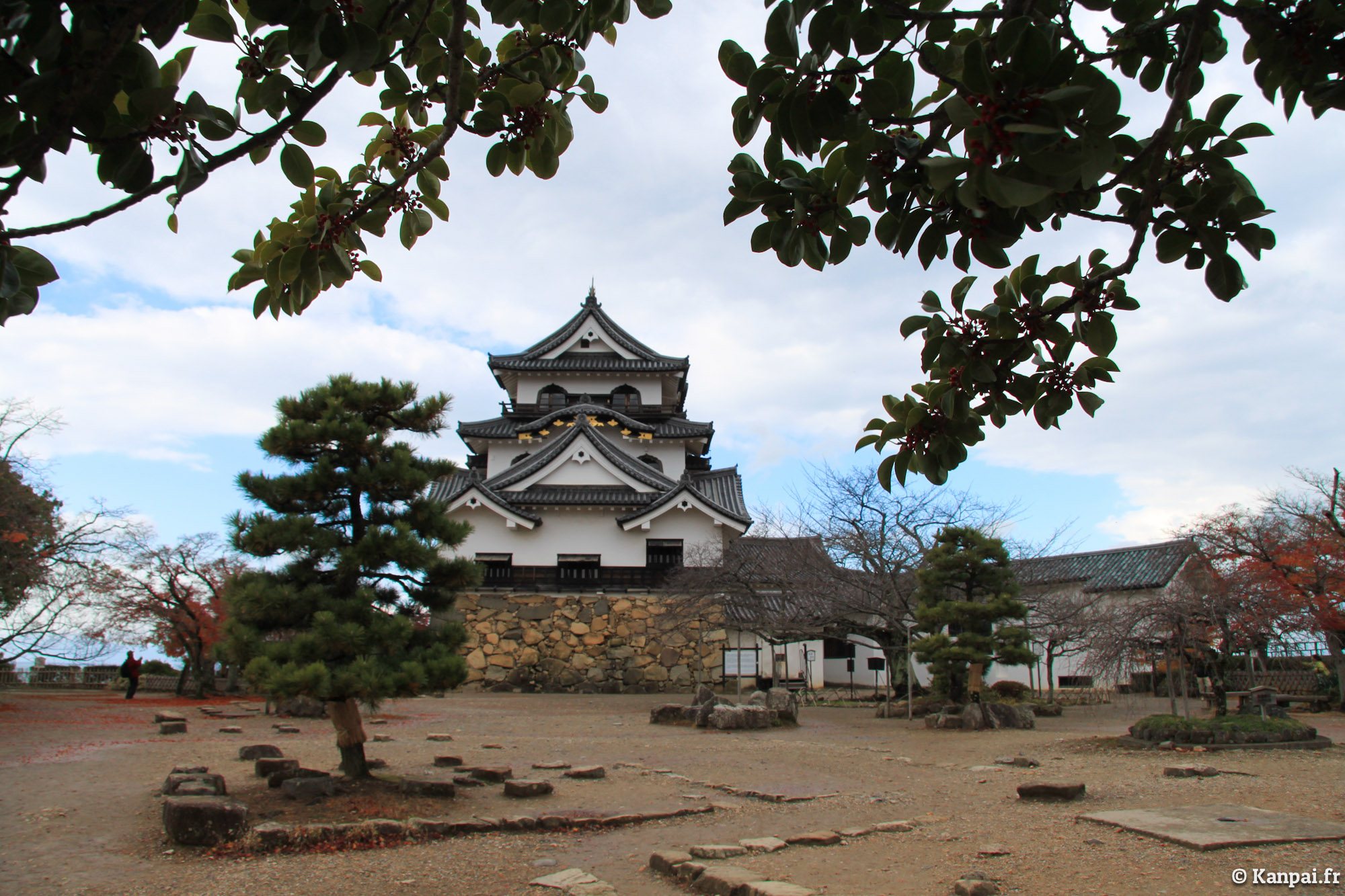 hikone chat sites How to turn high-cost japan into a cheap place to  and a flight search on sites like vayama  head over to the forums at   and chat.
