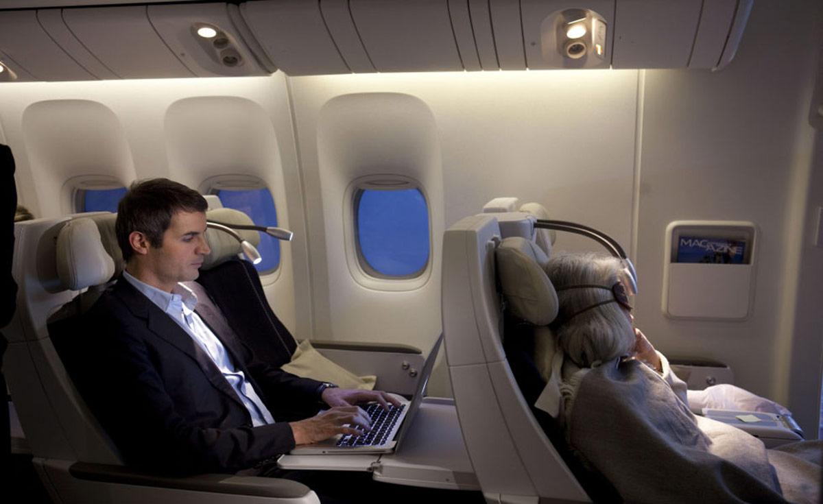 Classe premium economy sur les vols france japon le for Air france interieur classe economique